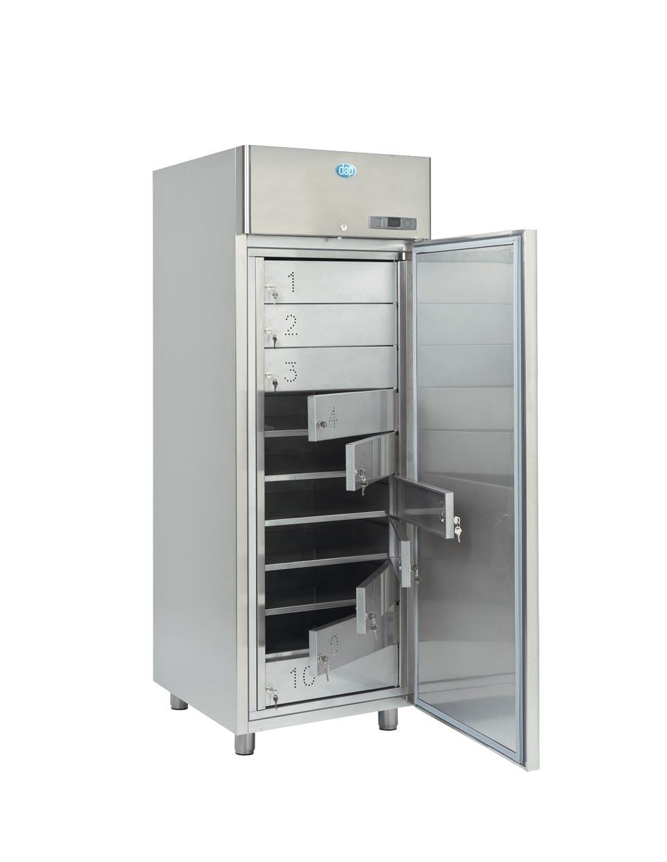Armoires à casiers 700L